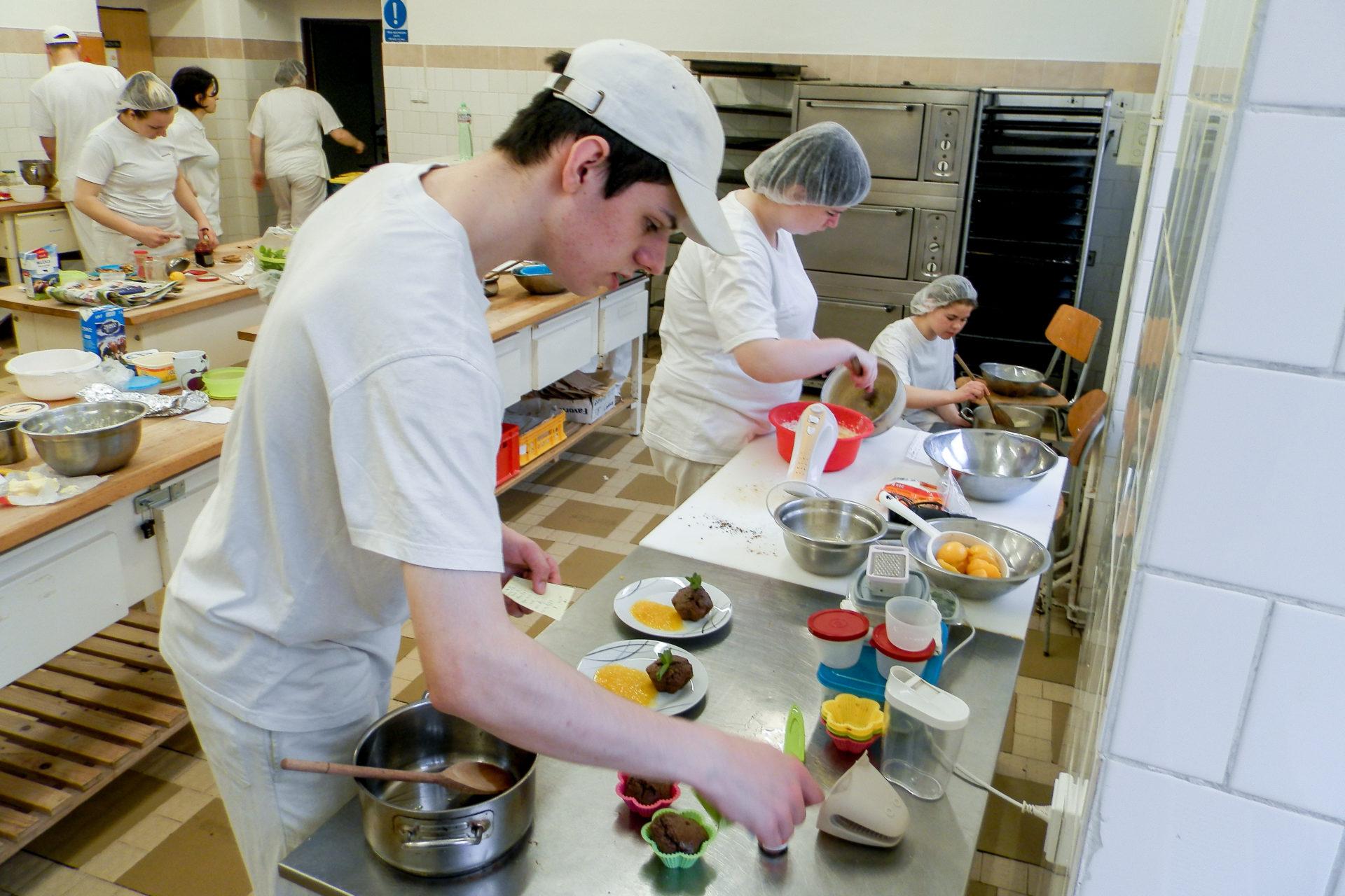 Potravinářská výroba (Cukrářské práce)