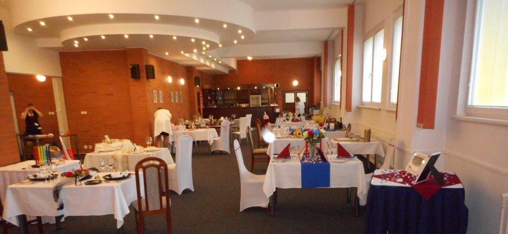 Ročníková zkouška  2. ročníku  oboru Hotelnictví (Hotelnictví a turismus)