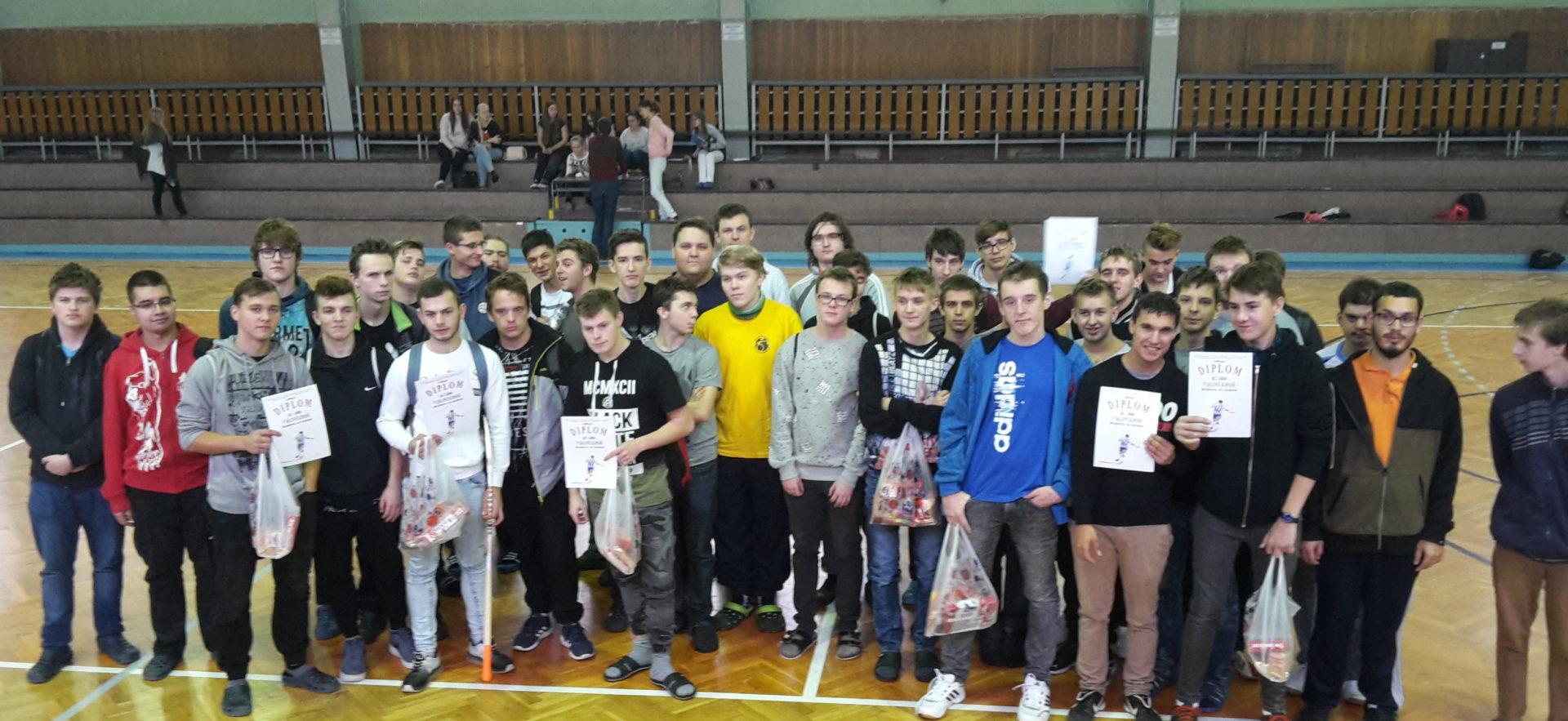 Školní turnaj v sálové kopané